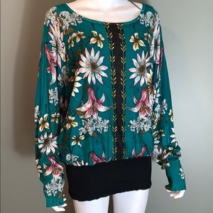Joseph A Womans Floral Blouse SZ.L